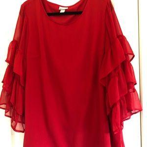 Ava Viv red feels sleeve crepe top